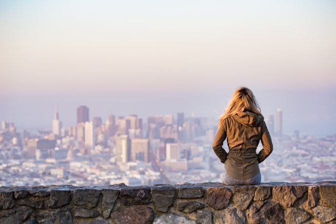 How to Be a Tourist in Your Own City in 6 Steps